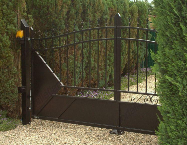 Portail et jardin ferronnerie for Portail et jardin