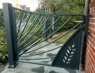 Portail et jardin ferronnerie - Portillon double battant ...